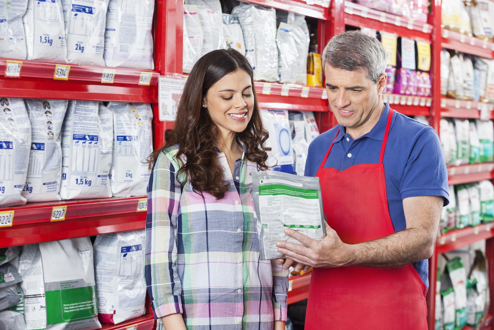 retail customer service job description